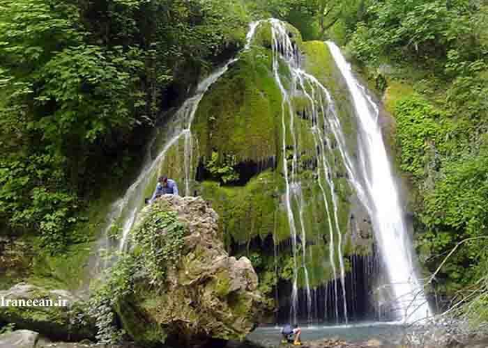 آبشار کبود وال
