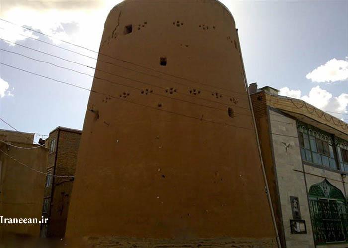برج تاریخی سامن