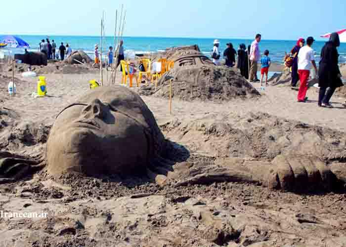 جشنواره ساخت مجسمه های شنی