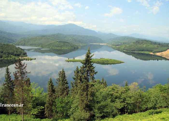دریاچه لفور