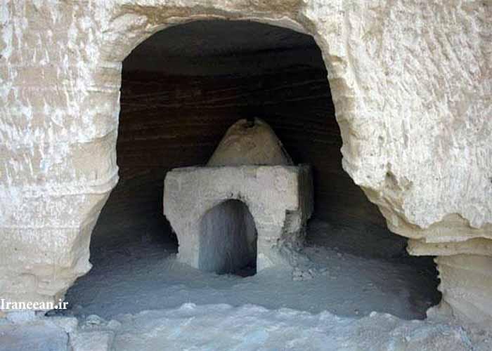 غارهای سه گانه تیس چابهار