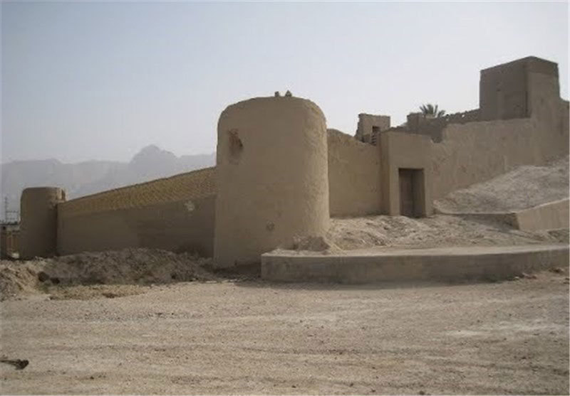 قلعه رابر خضر خان