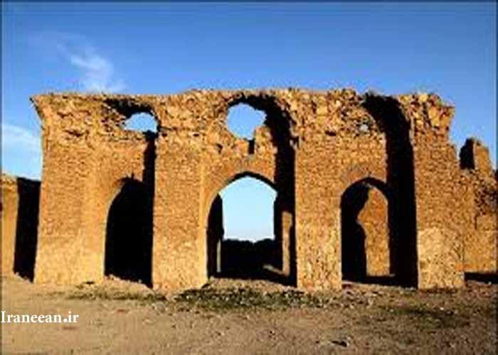 قلعه قمرود