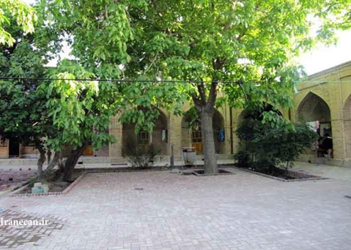 مدرسه شیخ علی خان زنگنه