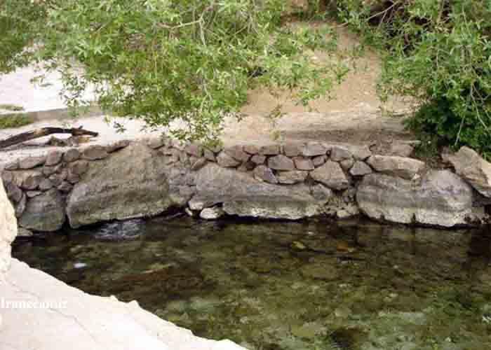 چشمه آب معدنی زاهدان